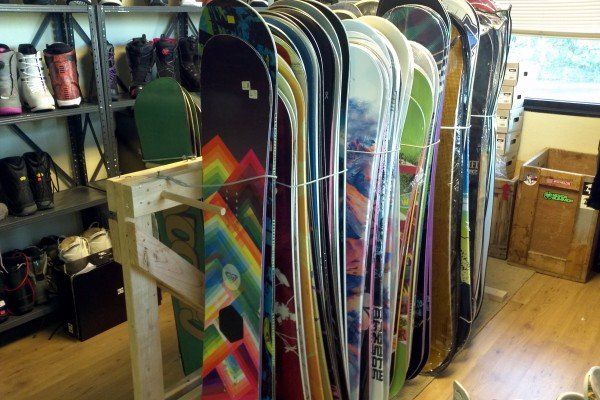Guide to buying a secondhand snowboard