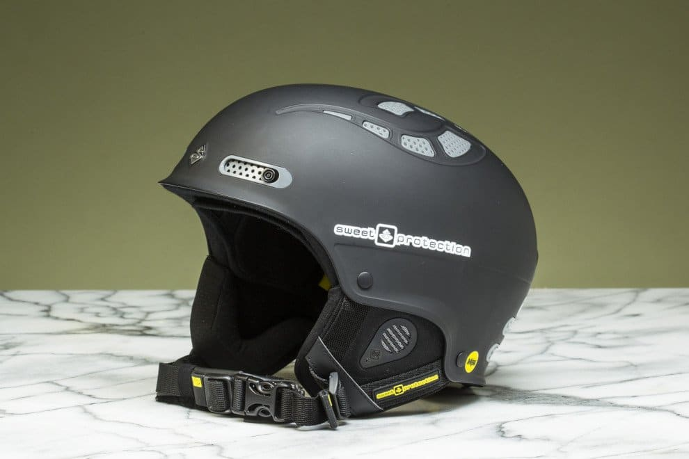 Best-Snowboard-Reviews-Helmets-Sweet-Protection-Brockmeyer-01-990x660