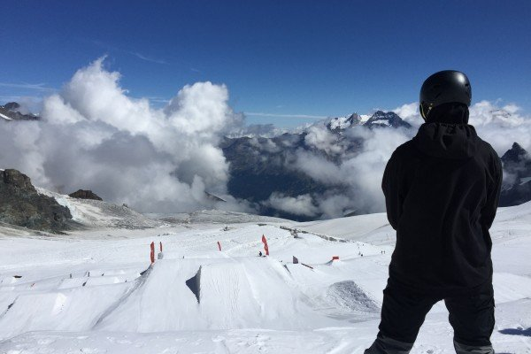Fin-Bremner-Training-in-Saas-Fee-over-the-summer
