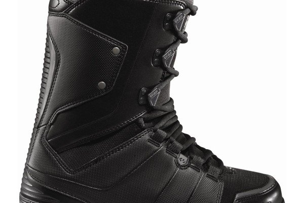 32-lashed-snowboard-boots-2012-black